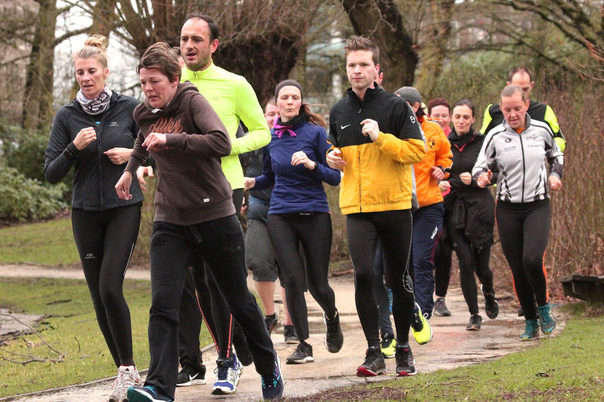 Steun Kom op tegen kanker en Team Running Store tijdens de 100km KOTK!